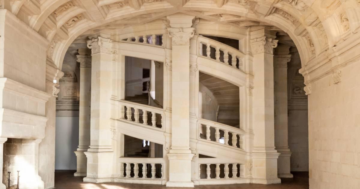 ルネサンスを代表する建築的偉業 シャンボール城 ロワール渓谷