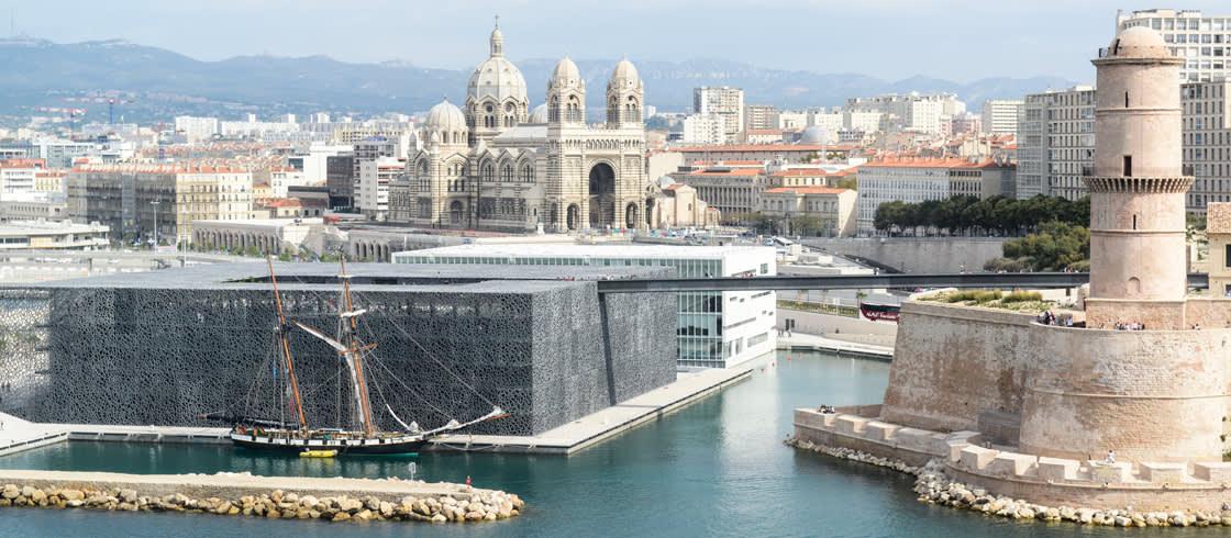 El impresionante museo Mucem, Museo de las Civilizaciones de Europa y del Mediterráneo de Marsella.