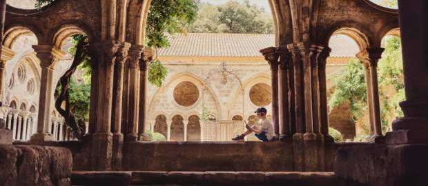 Abadía Frontfroide en Occitania