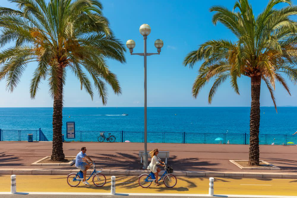 Cyklostezka podél pobřeží