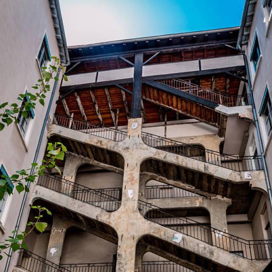 Бетон кнели потолок лофт бетон