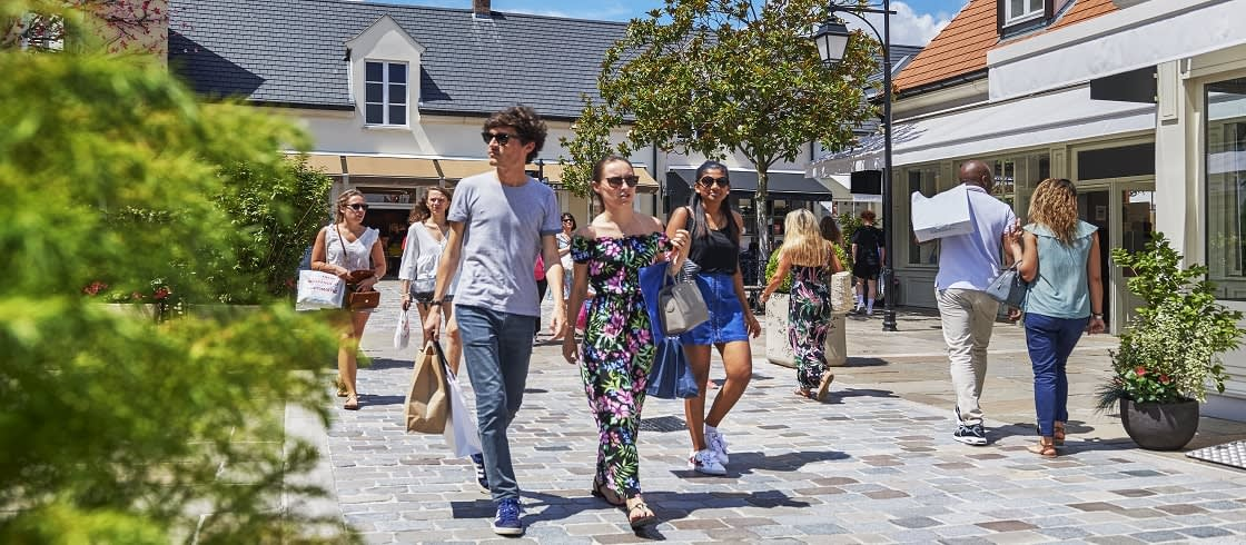 Head to La Vallée Village for a Parisian summer to remember!