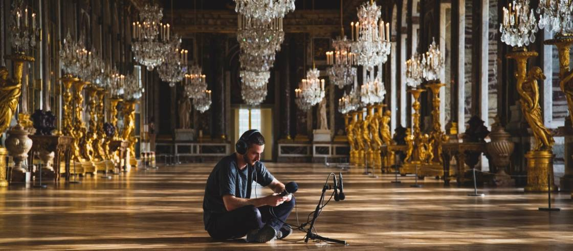 The french musical composer Thylacine during his sound recording in Château de Versailles.