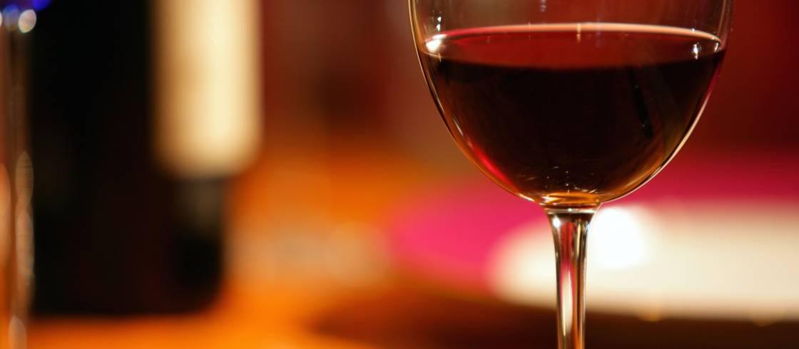 I Frankrike är tredje torsdagen i november en speciell dag. Då firas släppet av årets unga beaujolaisvin.