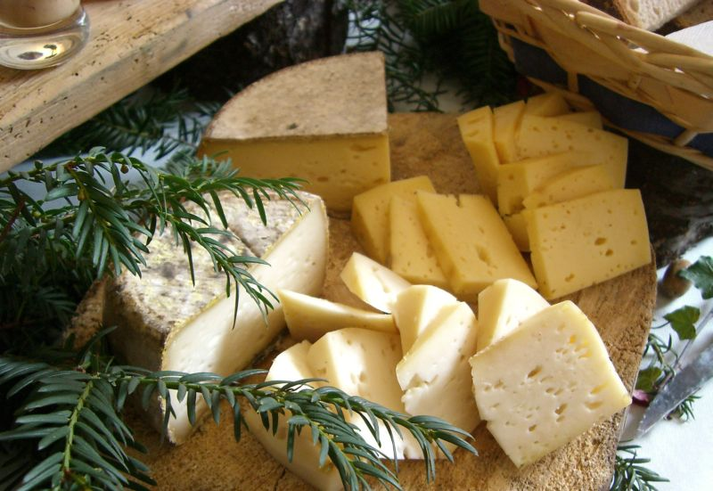 image__header__mountain-cuisine__mountain-cuisine-cheesejpg