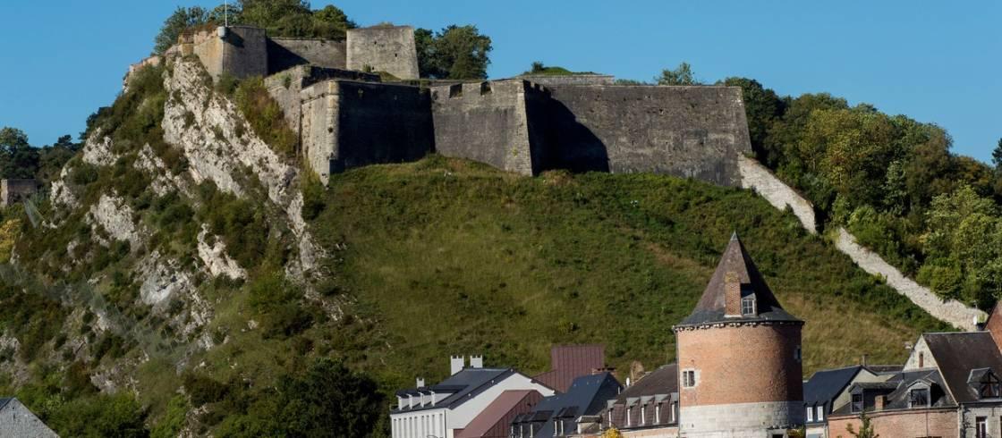 De citadel van Givet.