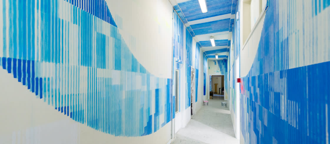 A maze of hallways, reinvented by the artist from Nantes, Wide, aka Edwin Donnart.