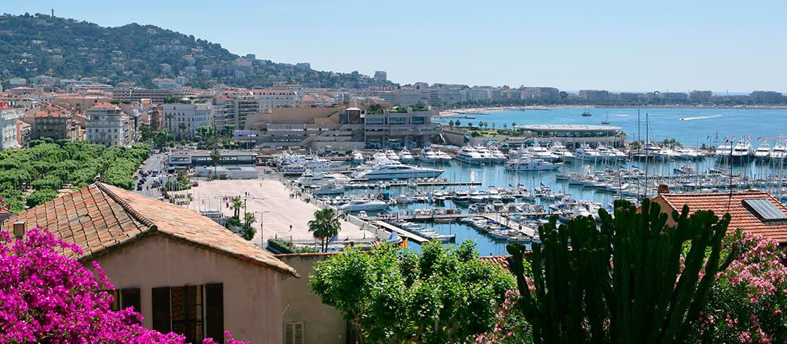Cannes, una ciudad de cine con los colores de la Costa Azul.