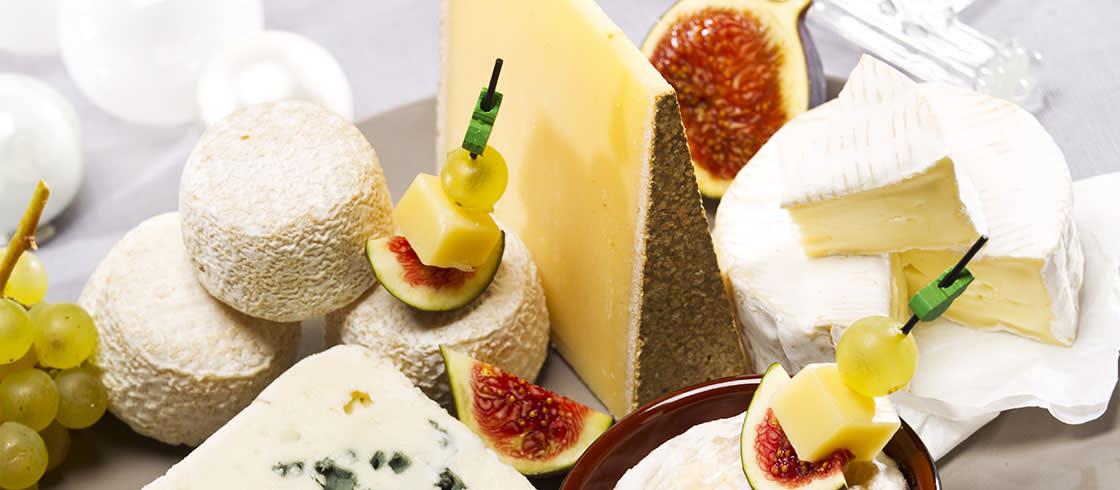 Elegir y comer el queso como los franceses.