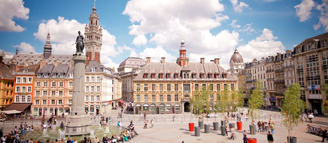 La Grand Place de Lille sigue siendo considerada el corazón de la ciudad, un espacio donde se organizan numerosos eventos.