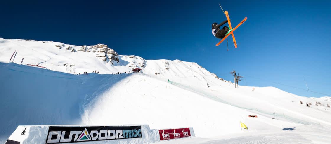 Vars Park acoge 2 competiciones de esquí freestyle.