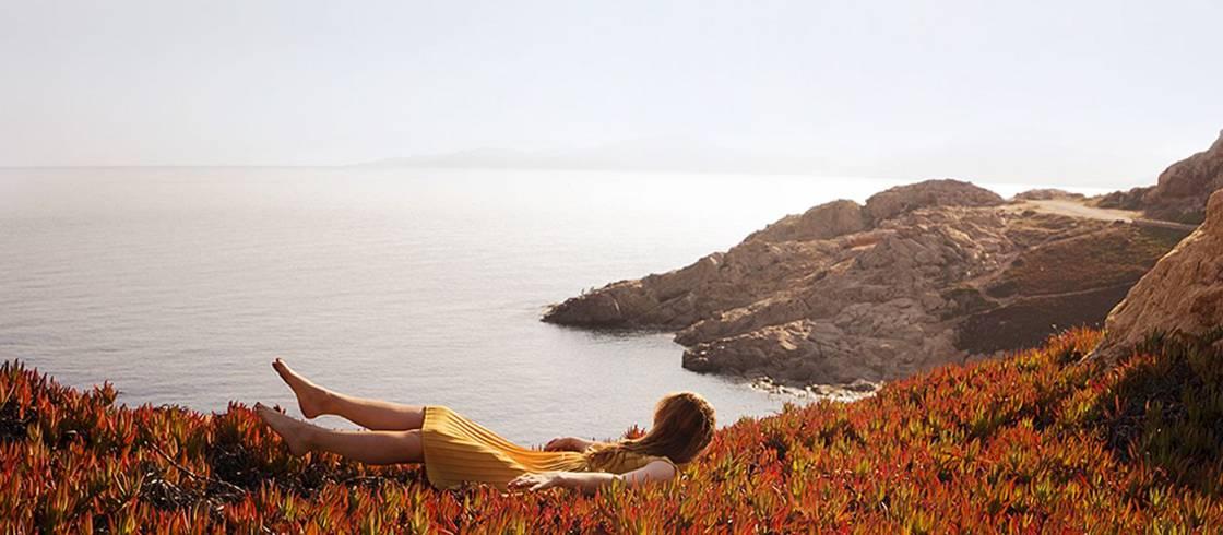 Die Hafenstadt L\'Île Rousse (Korsika)