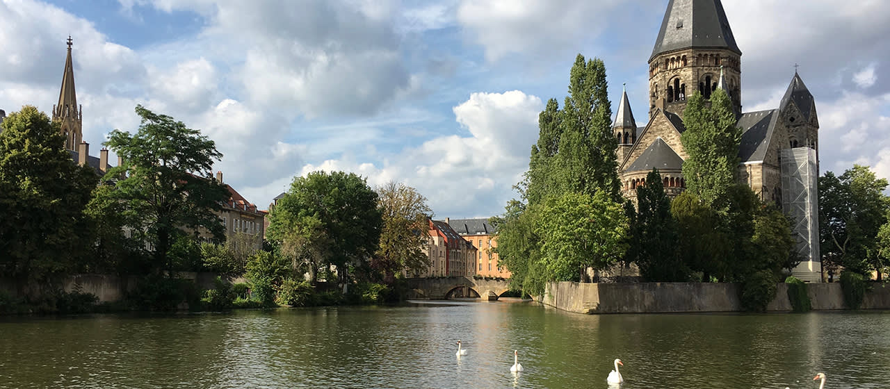 Checking out Metz with Élise