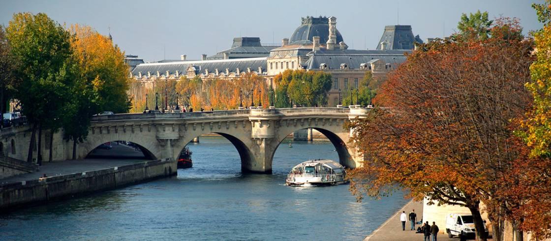 image__header__recorre-paris-con-bateaux-parisiens__seine-phovoirjpg
