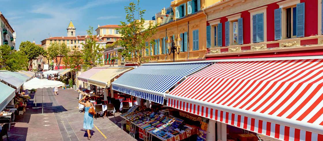 Procházka po trhu na Cours Saleya v Nice pokaždé stojí za to