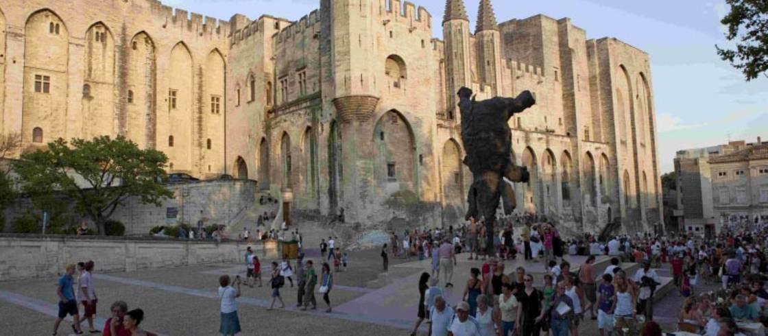 Visit Avignon The Heart Of Provence