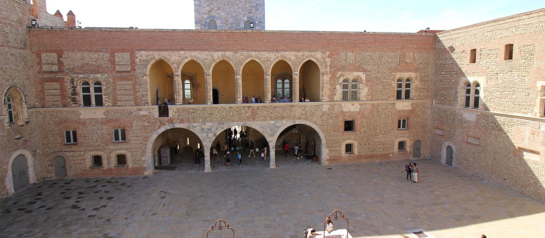Palast der k nige von mallorca in perpignan - Office des locataires perpignan ...