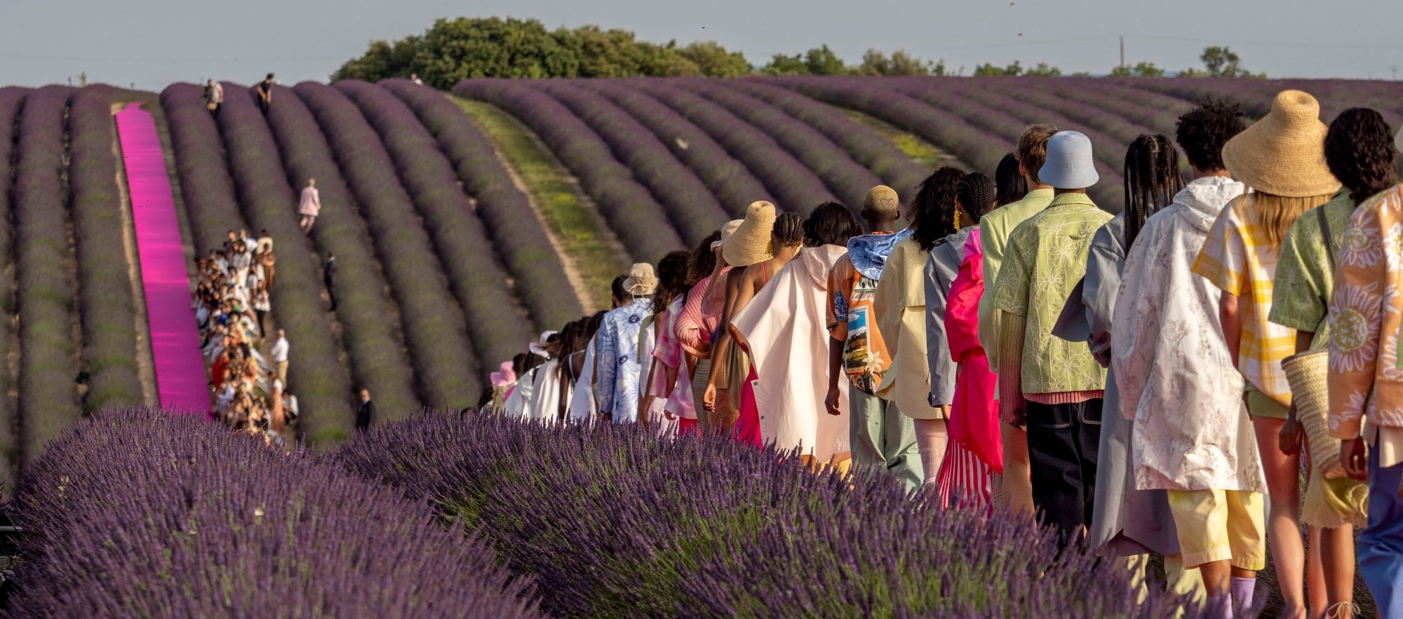 Construction Aix En Provence jacquemus fashion show in the lavender fields of provence