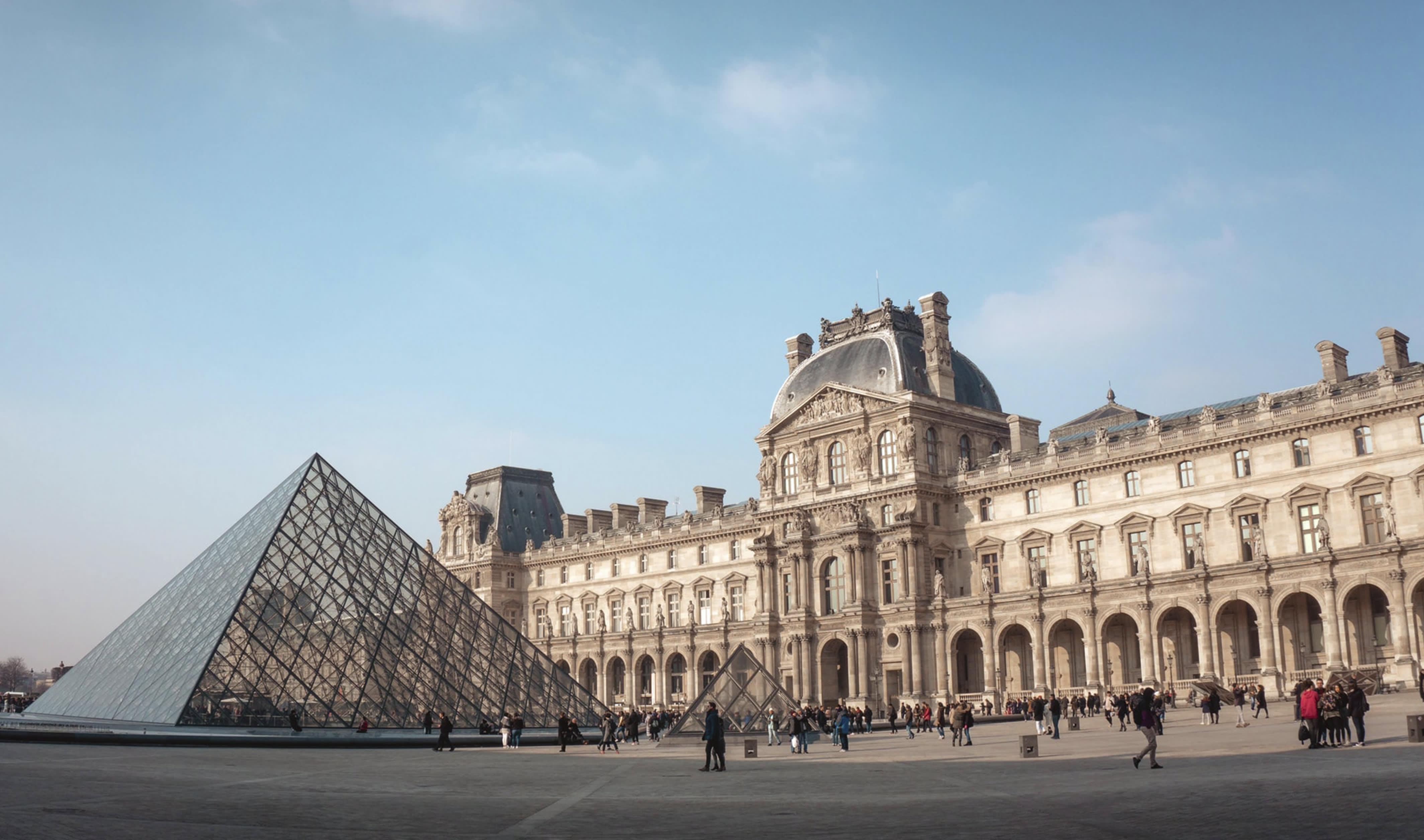 Besøg vinkælderen under Louvre, Les Caves du Louvre