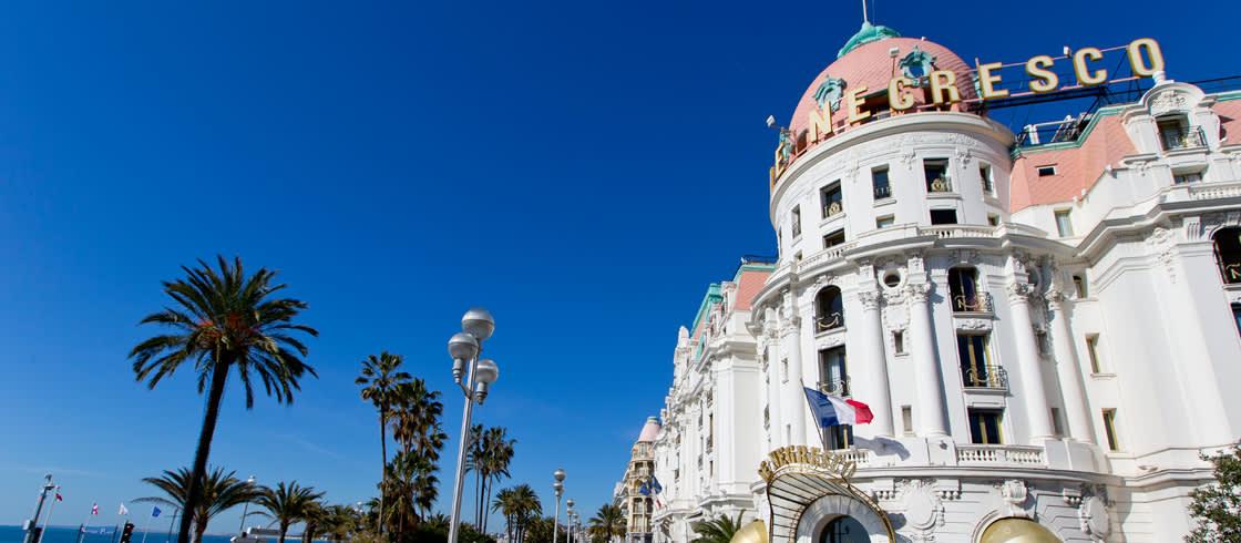 Das Hotel Negresco gehört zu den bekanntesten Bauwerken von Nizza