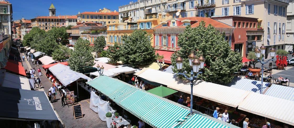 Cours Saleya i Vieux Nice, den gamle bydel