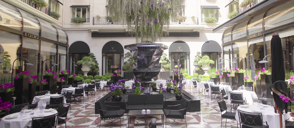 Palaces de France collection - Four Seasons Hotel George V Paris. More than a mere palace: a legend.