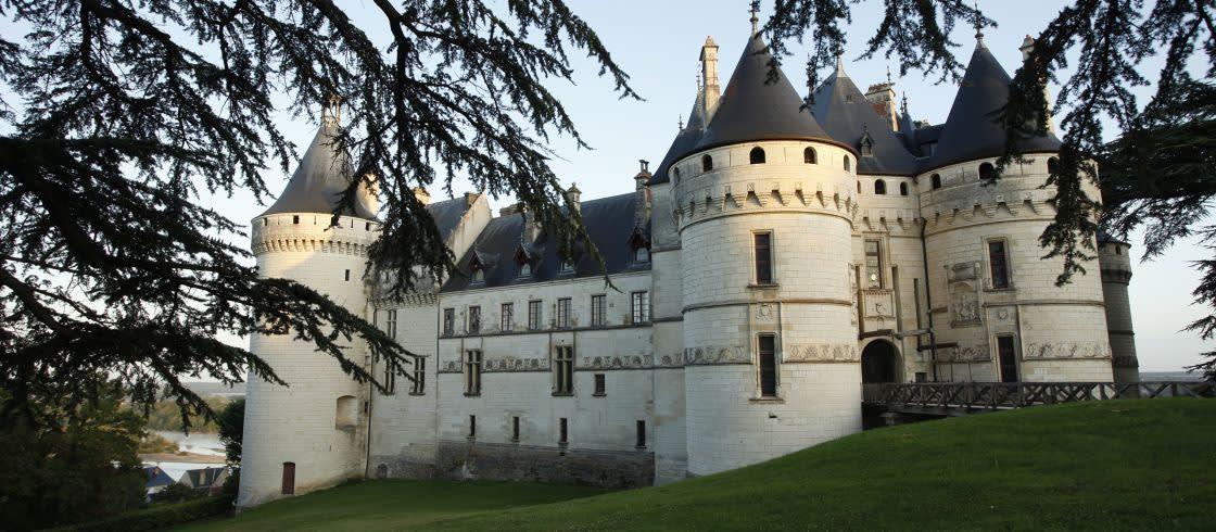 El castillo de Chaumont-sur-Loire es un ineludible de la ruta de Los Castillos del Loira